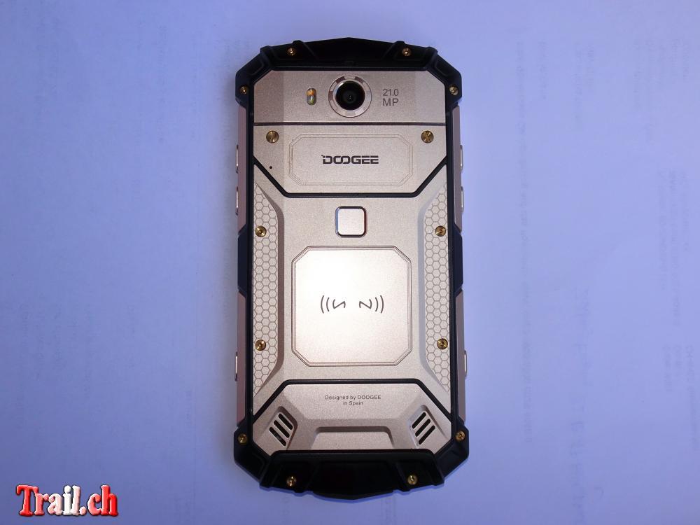 [Bild: smartphone-doogee-s60-rugged-flagship_08...c03394.jpg]