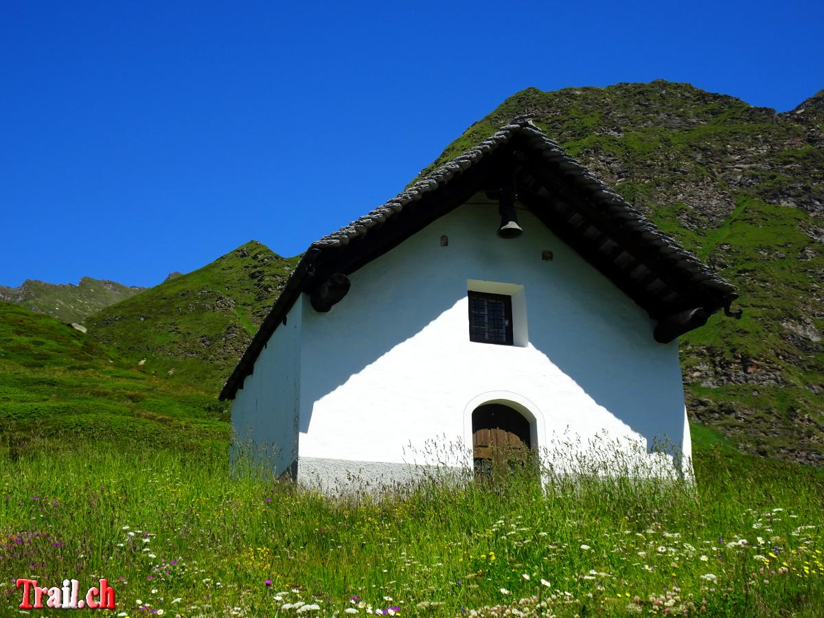 [Bild: kapelle-san-carlo-ritomsee-passo-del-sol...c05001.jpg]