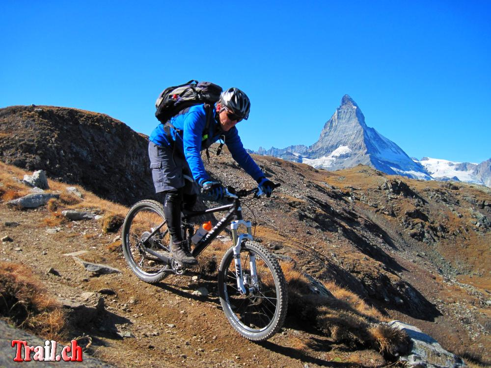 [Bild: gornergrat-zermatt_06-10-2011_img_3821.jpg]
