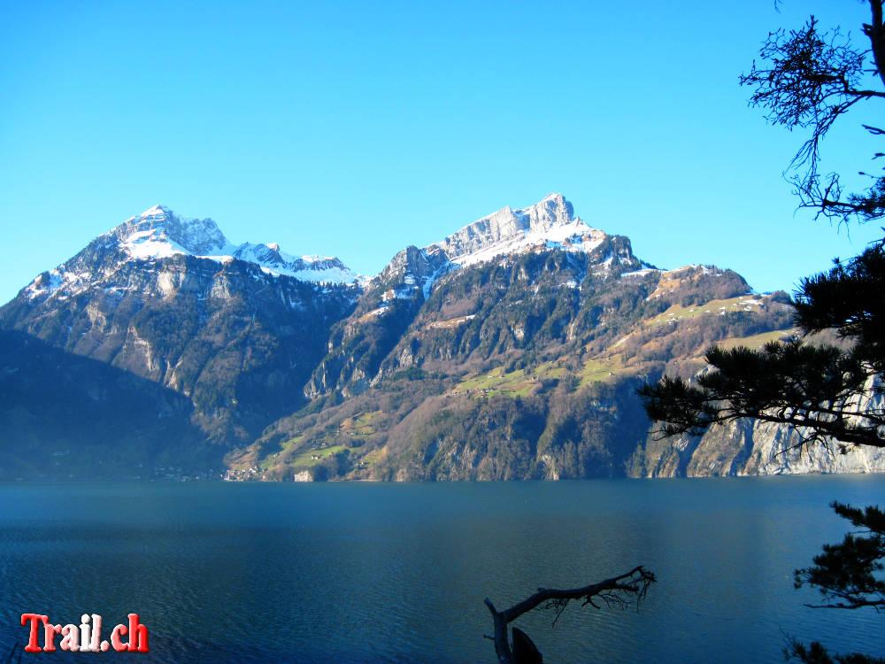 [Bild: axenstrasse-vierwaldstaettersee_08-01-2011_img_9779.jpg]
