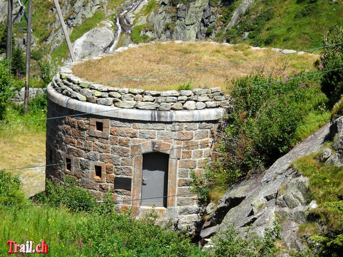 [Bild: armee-bunker-ursenen-hoehenweg_18-07-2018_dsc05083.jpg]
