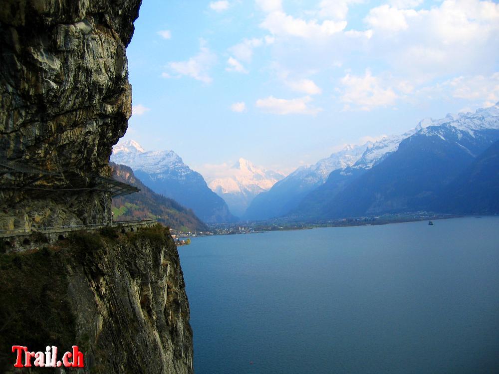 [Bild: vierwaldstaettersee-rundfahrt09_04_2007-img_5105.jpg]