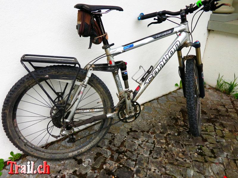 fahrrad mountainbike gep cktr ger transalp touren alpen rucksack deuter transalpin. Black Bedroom Furniture Sets. Home Design Ideas
